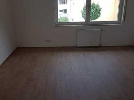 Freundliche, vollständig renovierte 1,5-Zimmer-Wohnung in Tübingen