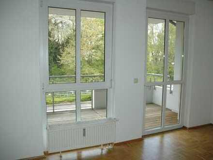 Vollständig renovierte 2-Zimmer-Wohnung mit Balkon in Dortmund