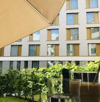Moderne, hochwertig ausgestattete Wohnung mit privatem Grün - Top-Lage im Dichterviertel