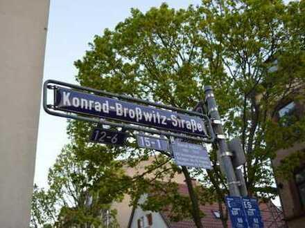 Studentin sucht weibliche Mitbewohnerin, WG 1-Zimmer im 1.OG links, Altbau-Wohnung in FFM-Bockenheim