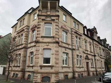 Schöne große und renovierte Stadtwohnung in Hanau Mitte