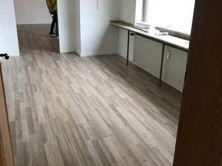 Schöne, geräumige fünf Zimmer Altbau-Wohnung in Rhein-Erft-Kreis, Kerpen