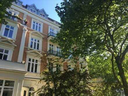 Repräsentative Altbauwohnung in bevorzugter und ruhiger Wohnlage nahe Uni und Alster