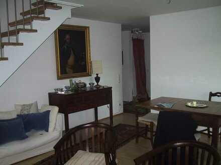 Elegante, helle und ruhige 3,5 Zimmer Maisonette GALERIE Wohnung