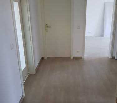 Erstbezug nach Sanierung: Super geschnittene 5-Zimmer-Wohnung zur Miete in Lehrte