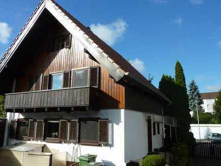 Schmuckes Einfamilienhaus mit Garten, Carport in Bietigheim-Bissingen (5 Zimmer)
