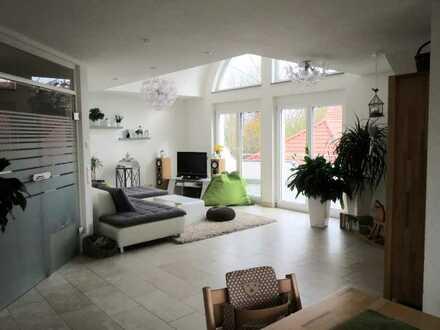 Wunderschöne 3 - Zimmer Wohnung
