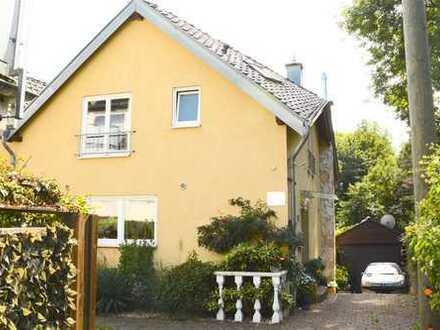 TOP Einfamilienhaus mit wunderschönem Garten!