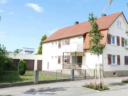 Älteres 1-2-Familienhaus mit Charme