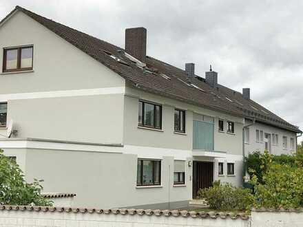 Sonnige 3,5-Raum-DG-Wohnung mit Einbauküche in Kahl am Main