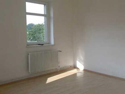 Schöne, geräumige vier oder 5 Zimmer Wohnung in Erzgebirgskreis, Ehrenfriedersdorf
