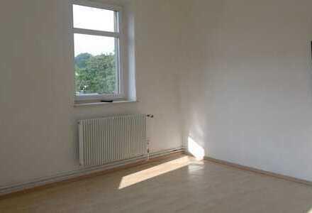 Schöne, geräumige vier Zimmer Wohnung in Erzgebirgskreis, Ehrenfriedersdorf