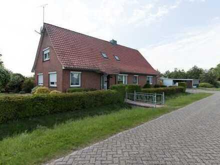 Einfamilienhaus mit Einliegerwohnung!