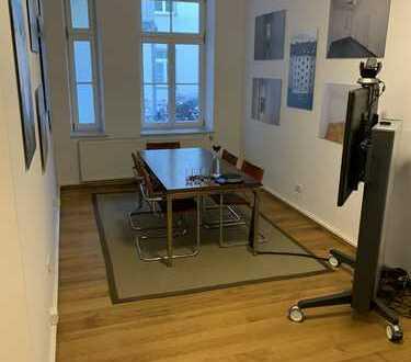 Modernes Büro mitten in Schwabing, 1 Besprechnungsraum, 1 großer Büroraum, 2 Toiletten, Kellerabteil