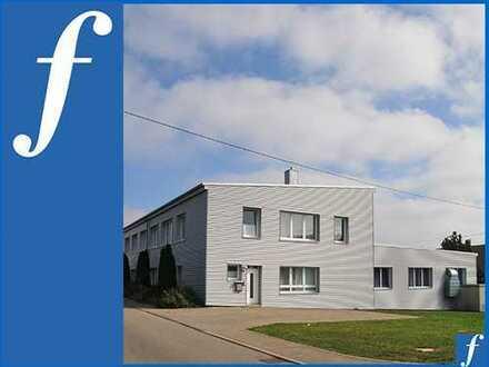 Großes Grundstück * 40 Stellplätze * Trafo * Rampe* 2006/2007 modernisiert *