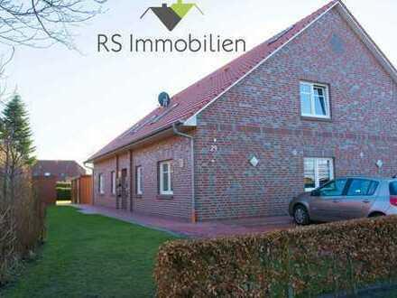 Neuwertige Wohnung in attraktiver Lage von Hage!