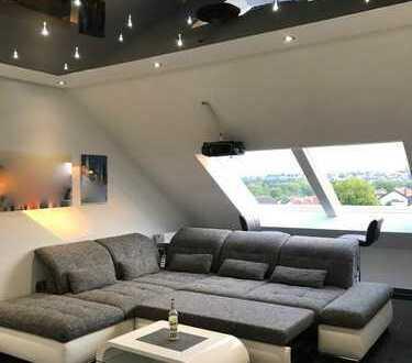* * Wunderschöne 4 Zimmer Maisonetten-Wohnung * *