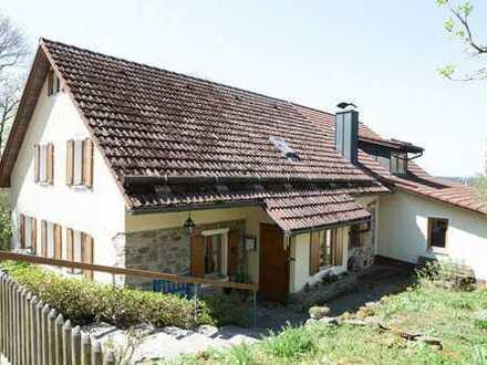 Stilvolles Landhaus in Bergdorf mit Traum-Ausblick