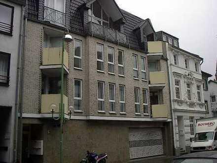 Zentrum TOP Lage Appartement 49m² Hell Modern, mit EBKüche, Garage