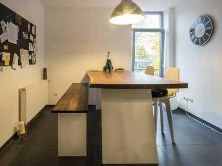 Kleine, aber feine Designer-Wohnung im Ärztehaus von Raesfeld *Aufzug*