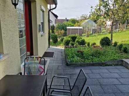 Neuwertige 3,5-Zimmer-Wohnung mit Balkon und Einbauküche in Dürbheim