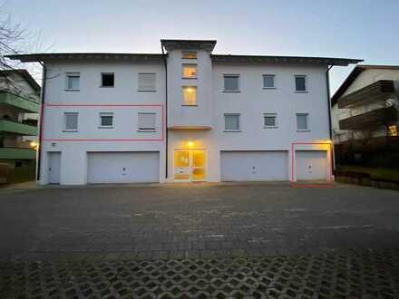 Helle 4 Zimmerwohnung mit Terrasse und Garage