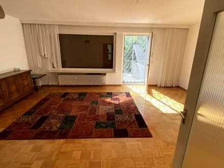Preiswertes und saniertes 4-Zimmer-Haus in Hanau