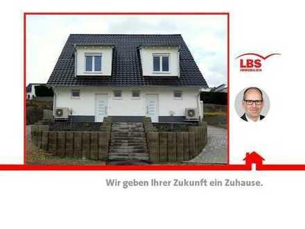 Doppelhaushälfte mit Niveau