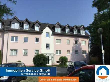 Ruhig gelegene 2-Raum-Wohnung mit Balkon und Garage!