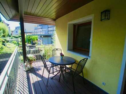 Helle 2-Zimmer-Maisonette-Wohnung mit Balkon und EBK in Mainz