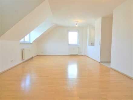 Modernes Wohnen! Schöne 4,5-Zimmer-Wohnung mit zwei Balkonen in Eggenstein-Leopoldshafen
