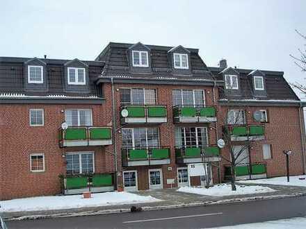 Schöne 2Raum-Wohnung mit Tgl-Duschbad, Balkon, TG Stellplatz