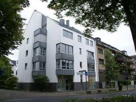 Lichtdurchflutete 2-Zimmer Wohnung mit Balkon und Stellplatz als Kapitalanlage in Urdenbach