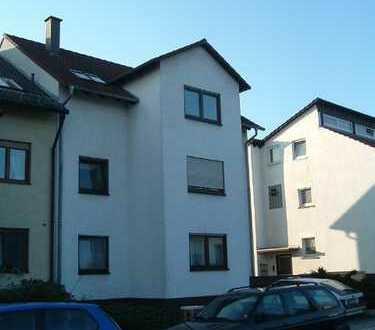 Helle 4-Zimmer-Wohnung mit Balkon in Schwetzingen