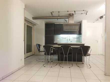 Helle, freundliche und gemütliche 3-Zimmer-Maisonette Wohnung ruhig aber dennoch zentral gelegen