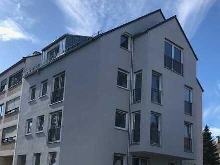 ERSTBEZUG: schöne 3-Zimmerwohnung mit großer Terrasse (Süd/West)