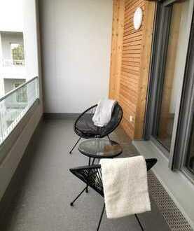 Stilvolle, neuwertige 1,5-Zimmer-Dachgeschosswohnung mit Balkon und Einbauküche in Karlsruhe