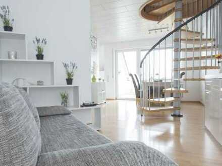 Gepflegte 2-Zimmer-Maisonette-Wohnung mit Balkon und Einbauküche in Elchingen
