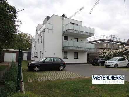 Eversten - Billungerweg: Neubau-Zweitbezug - großzügige 2-Zimmer Penthousewohnung mit Einbauküche