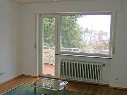POCHERT IMMOBILIEN - Schöne 4-Zimmer-Wohnung mit großem Balkon in KL-Dansenberg