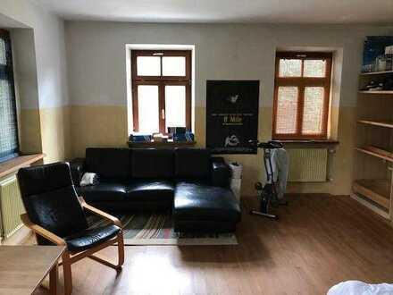 schönes helles WG-Zimmer im alten Bauernhaus