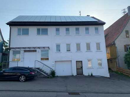 Gepflegte 5-Zimmer-Wohnung mit Einbauküche in Albstadt-Pfeffingen