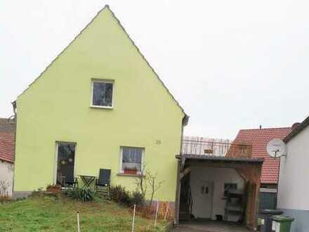Charmantes Einfamilienhaus in ruhiger Lage mit Garten und Balkon