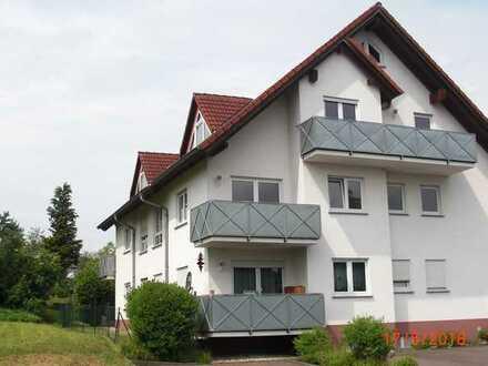 Sehr schöne, lichtdurchflutete 3- Zimmer Wohnung mit Traumblick in Glattbach