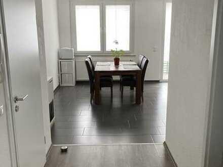 Schöne 2-Zimmer-Wohnung mit EBK und Balkon in Mönchengladbach-Rheydt