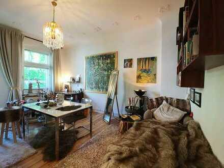 Schöne, geräumige zwei Zimmer Wohnung in Berlin, Steglitz
