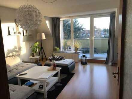 Helle 3-Zimmer-DG-Wohnung (66qm) mit 15qm Südbalkon + Garage
