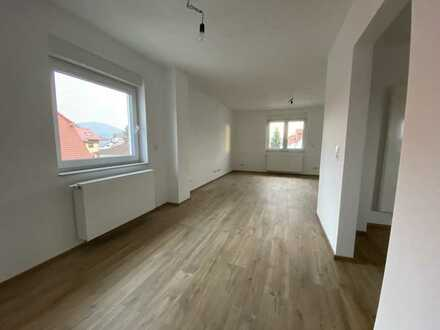 Erstbezug nach Sanierung mit EBK: exklusive 3,5-Zimmer-Maisonette-Wohnung in Bickenbach