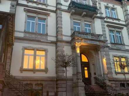 Schöne 2 Zimmer-Wohnung gegenüber vom Festspielhaus in Baden Baden