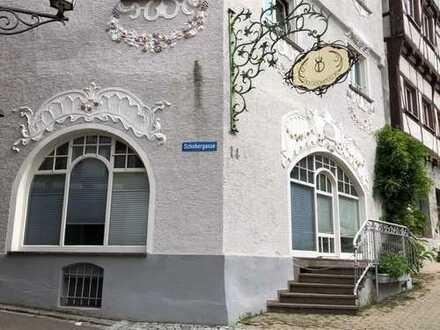 Exklusive 2 Zimmerwohnung im historischen Altstadthaus im Zentrum von Pfullendorf